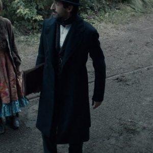 chapelwaite adrien brody coat