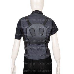 scarlett johansson black widow infinity war natasha romanoff black vest